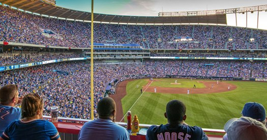 kauffman-stadium_12_guys-weekend